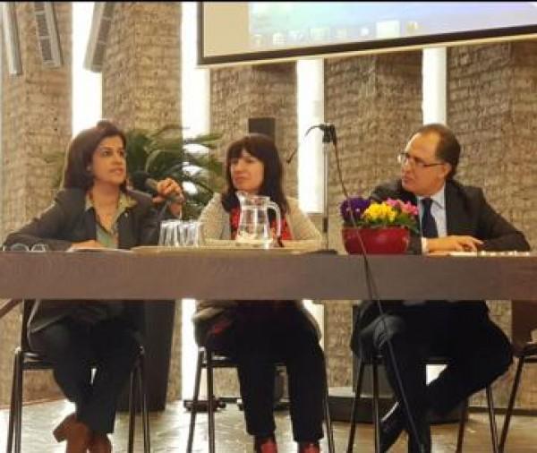 السفيرة سليمان تشارك في حلقة نقاشية بمناسبة يوم المرأة العالمي