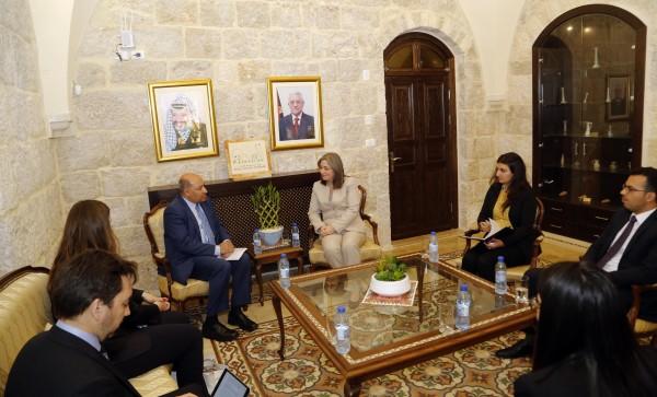 تعاون مشترك بين فلسطين والبنك الأوروبي لإعادة البناء والتنمية