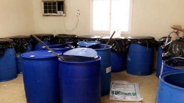 صور: الأمن السعودي يضبط مصنعاً للمُسكرات في جدة