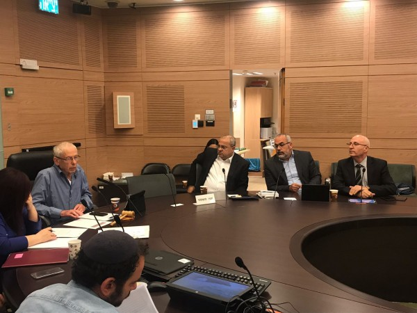 بمبادرة الطيبي: لجنة الداخلية البرلمانية تبحث في قضية مكتب الداخلية بالقدس الشرقية