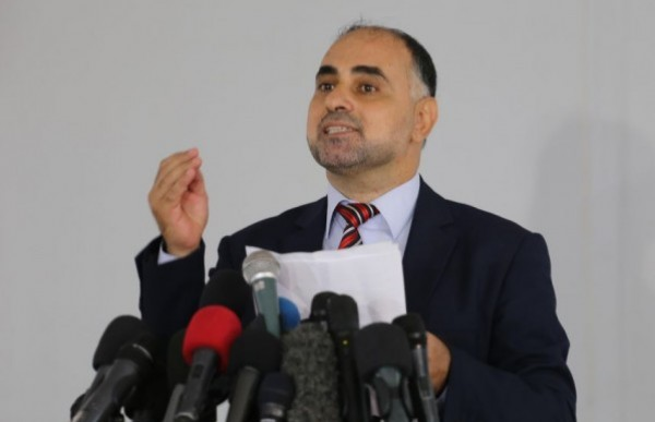 وزارة الإعلام تدعو إدارة (فيسبوك) للتوقف عن دعم الاستيطان والتحريض
