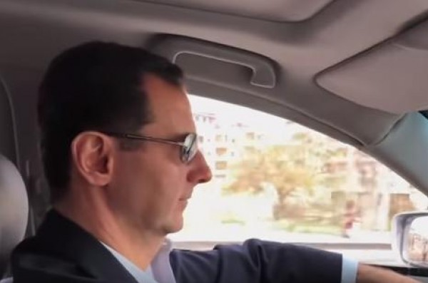 من الذي صَور الرئيس السوري داخل سيارته في الغوطة الشرقية؟