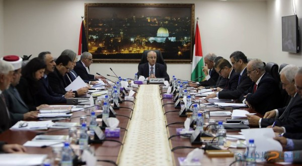 الحكومة تطالب بفتح تحقيق دولي في جريمة استهداف الفلسطينيين بحدود غزة