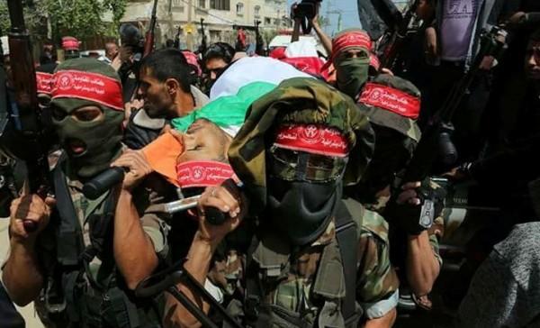الجبهة الديمقراطية تُشيع جثمان الشهيد أحمد عرفة