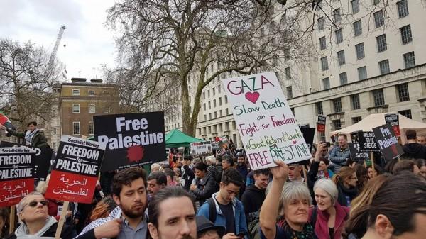 صور: البريطانيون والجالية الفلسطينية يخرجون بتظاهرات ضد الاحتلال