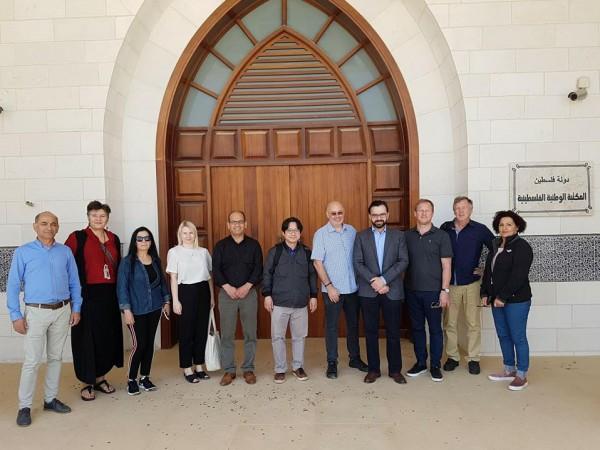 وزير الثقافة يستقبل أعضاء من معرض فلسطين الدولي للموسيقى
