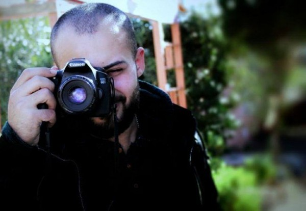 الصحة: إجراء عملية جراحية للصحفي أبو حسين ووضعه ما زال حرجًا