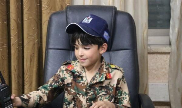 صور: أصغر شرطي مرور في الخليل