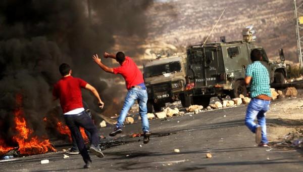 إصابة مواطن واعتقال آخر عقب اقتحام الاحتلال مدينة نابلس