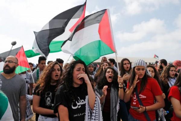 صور: 15 ألف فلسطيني يتظاهرون في عتليت المهدمة قرب حيفا