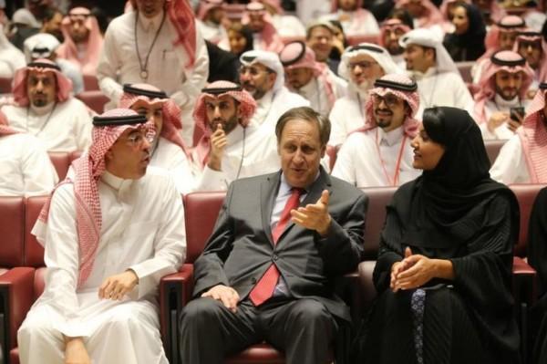تفاصيل عرض الإفتتاح الأول لصالة السينما بالسعودية