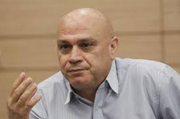 فريج يدعو للتظاهر قبالة السفارة في القدس