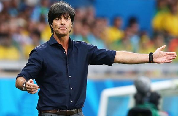 لوف يمدّد عقده مع المنتخب الألماني حتّى عام 2022
