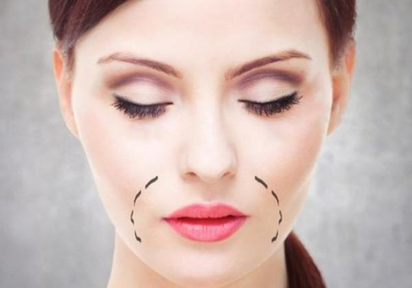 كيف تحمين فمك من ظهور التجاعيد حوله؟ إليك الجواب