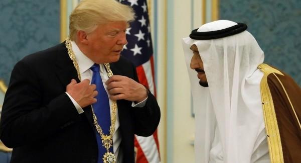 """صحيفة أمريكية: خطة ترامب حول السعودية والإمارات تلقت """"طعنة في الظهر"""""""