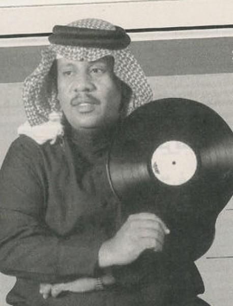 بالفيديو: قصة إصرار الملك سلمان على الصلاة على الفنان سلامة العبدالله