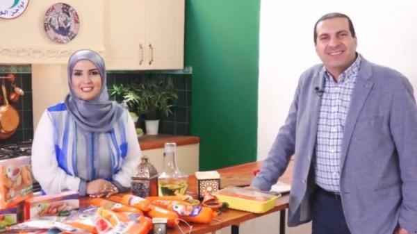 """""""دولارات الدجاج"""" .. هذا ماتقاضاه عمرو خالد بعد إعلان الدواجن"""
