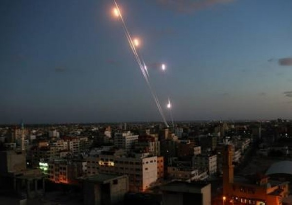 100 قذيفة أطلقت من غزة نحو الغلاف خلال 24 ساعة