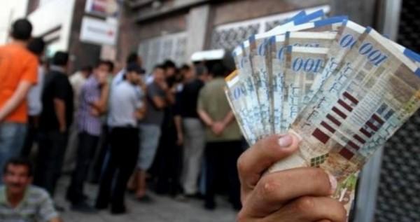 أبو جراد لمركزية فتح: لن نقبل بتنقيط رواتب الموظفين في غزة