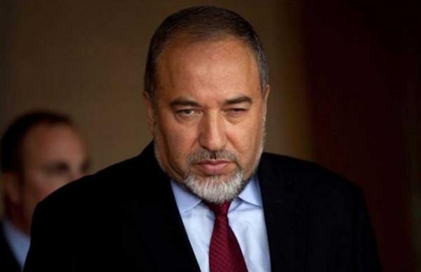 ليبرمان يُحذر حماس: تشدون الحبل للغاية لكن سينقطع بكم