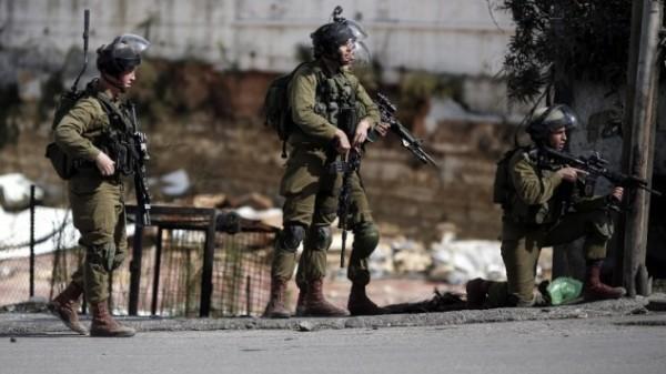 الاحتلال يستولي على منزل أثري بالخليل ويحوله لثكنة عسكرية