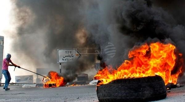 مواجهات إثر اقتحام قوات الاحتلال مدخل نابلس الجنوبي
