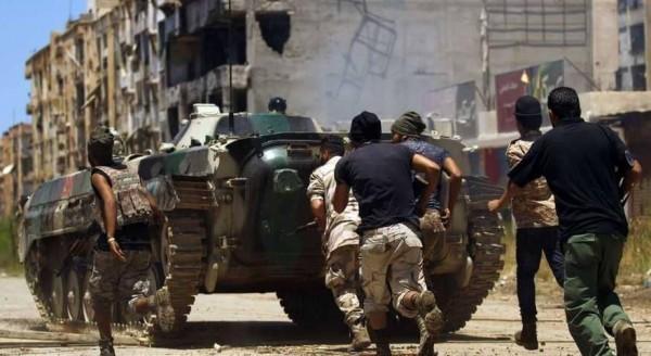 قوات الجيش الليبي تُسيطر على مركز درنة