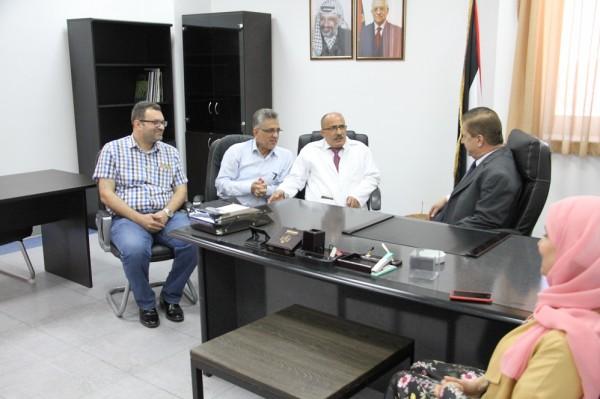 وزير الصحة يُعلن البدء بتشغيل قسم الكُلى الجديد في (جمع فلسطين الطبي)