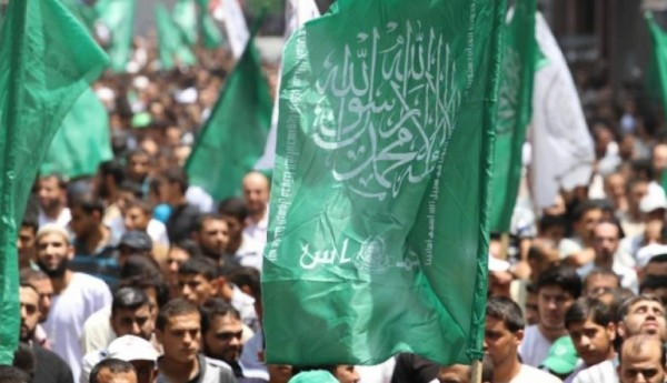 عبر الإجراءات بغزة.. حماس تتهم السلطة الفلسطينية بتنفيذ (صفقة القرن)