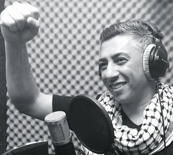 """شاهد: أضخم الأعمال العربية.. """"عمر العبد اللات"""" يُغني لكل المدن الفلسطينية"""