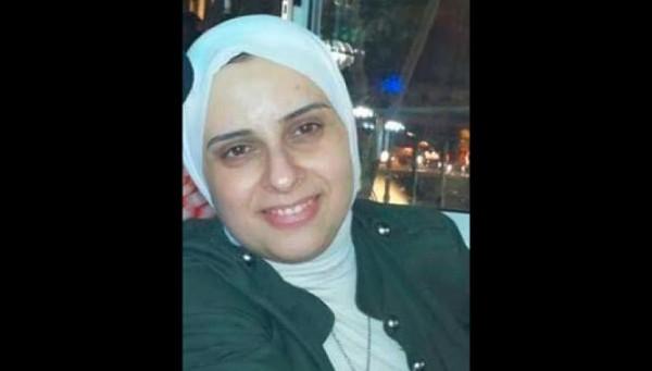 """مابين سُخرية وصدمة.. تعيين مُحجبة مديرة لمعمل """"خمر وبيرة"""" في دمشق يثير الجدل"""