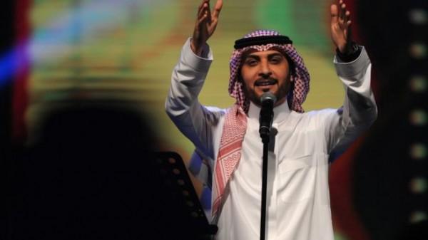 أول تعليق من ماجد المهندس على احتضان فتاة سعودية له في حفل الطائف