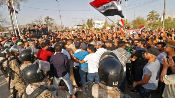 اتهامات لإيران بتأجيج الاحتجاجات في العراق