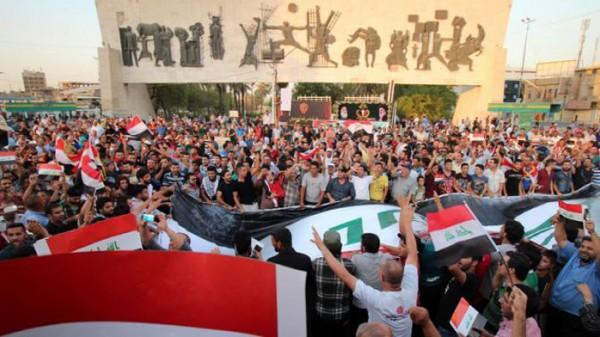الشرطة العراقية: محتجون يتجمعون عند مدخل حقل الزبير النفطي في الجنوب