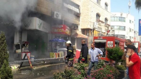 الدفاع المدني يُخمد حريقاً نشب في مطعم وسط جنين
