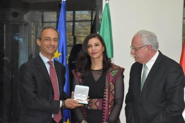 الرئيس الإيطالي يمنح السفيرة جادو وسام فارس نجمة إيطاليا
