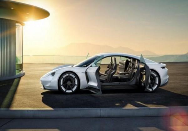 ثورة في عالم المركبات.. أول سيارة كهربائية بالكامل