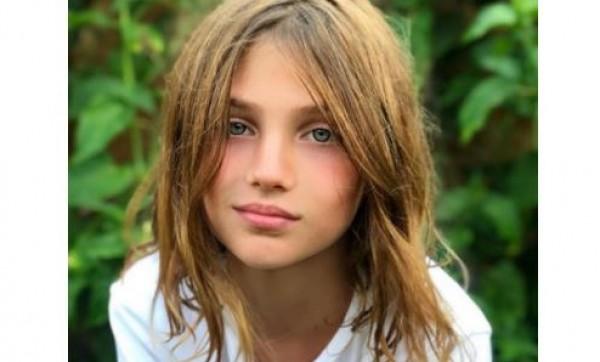 """هذه الجميلة ابنة """"ملكة"""" لبنانية حسناء"""