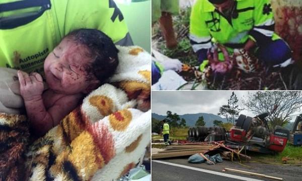 صور:معجزة إلهية.. جنين يخرج من رحم أمه حياً بعد مصرعها بحـادث مروري