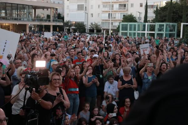 احتجاجا على قانون القومية - تل أبيب تشهد درس اللغة العربية الأكبر في العام