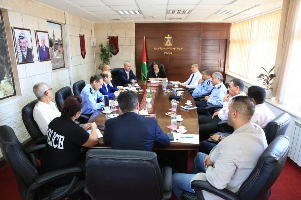 المدرسة الوطنية للإدارة والشرطة الفلسطينية يبحثان سبل التعاون بمجال التدريب وتبادل الخبرات