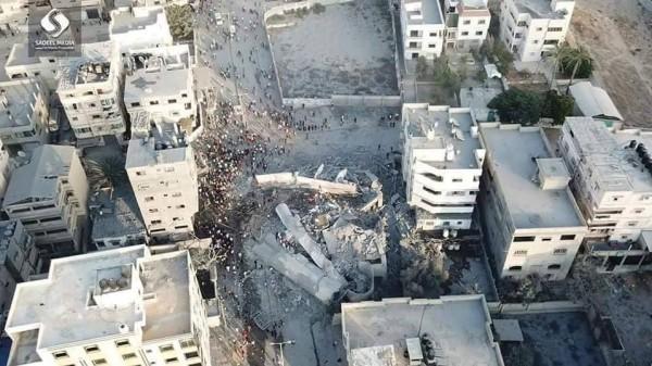 بنفس طريقة تدمير برج الظافر.. صواريخ الاحتلال تقتلع مبنى مؤسسة المسحال من جذوره