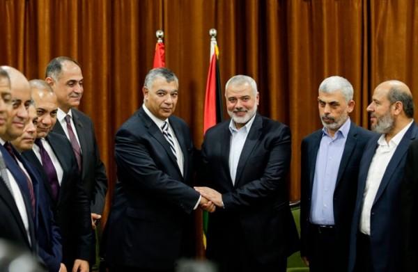 إدارة مصرية للمطار والميناء.. صحيفة: توافق كبير بين حماس والقاهرة بهذه الملفات