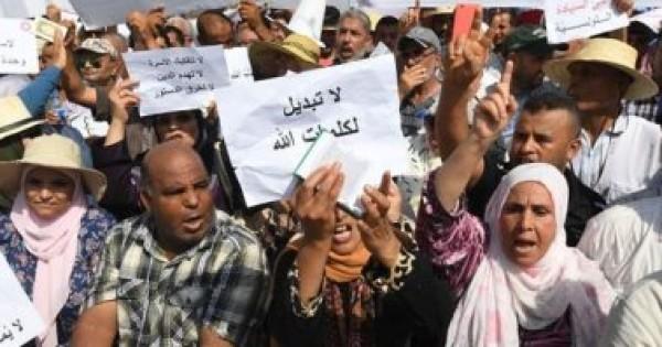 """""""لا تبديل لكلمات الله"""".. احتجاجات بتونس بعد تعديل على """"الميراث"""" و""""المثلية الجنسية"""""""