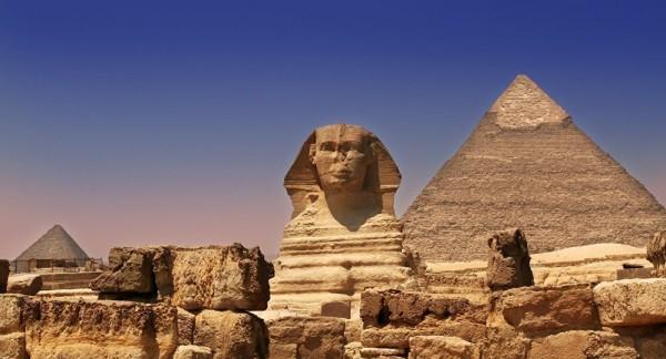 شاهد: علماء آثار يكتشفون سراً دفيناً في مصر أقدم من الفراعنة