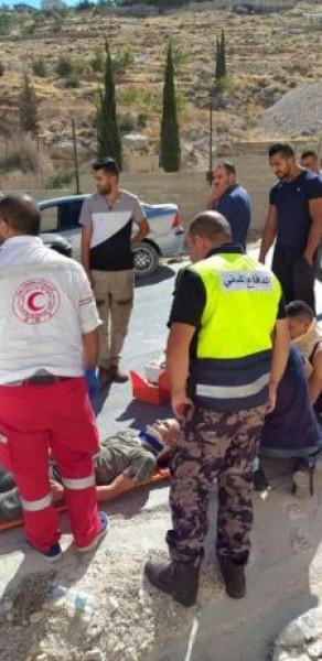 ثلاث إصابات بحادث سير ذاتي في أبوديس شرق القدس
