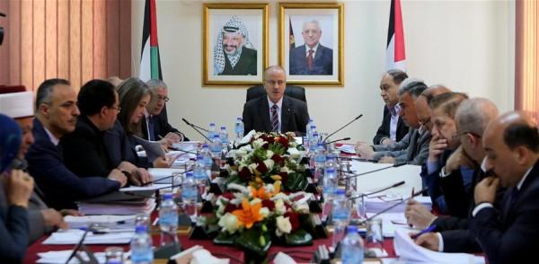 """الحكومة تطالب الأمتين العربية والإسلامية بتوفير الدعم اللازم لحماية """"الاقصى"""""""