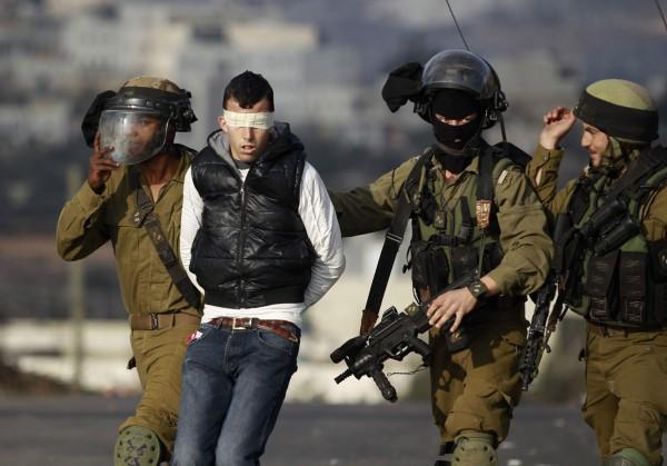 نادي الأسير: قوات الاحتلال تعتقل عشرة مواطنين من الضفة
