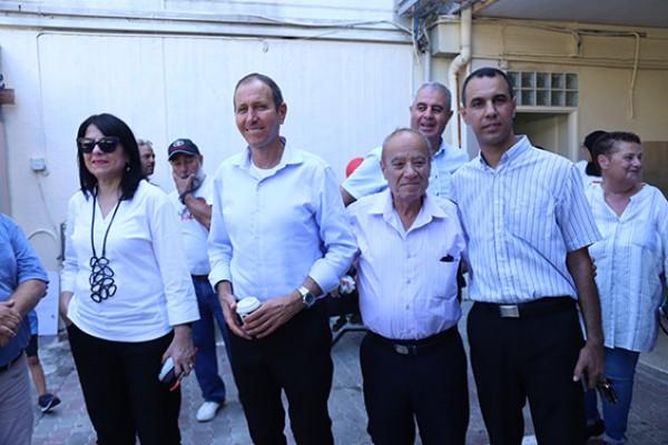 رئيس بلدية عكا ونائبه يقومان بزيارة تفقدية الى مدارس المدينة