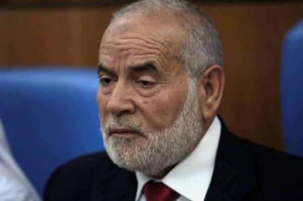 أحمد بحر يهاجم الرئيس عباس ويتهمه بـ (الخيانة العظمى)